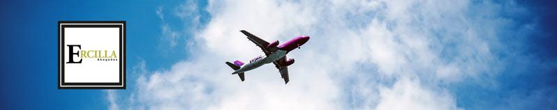 avion volando derecho